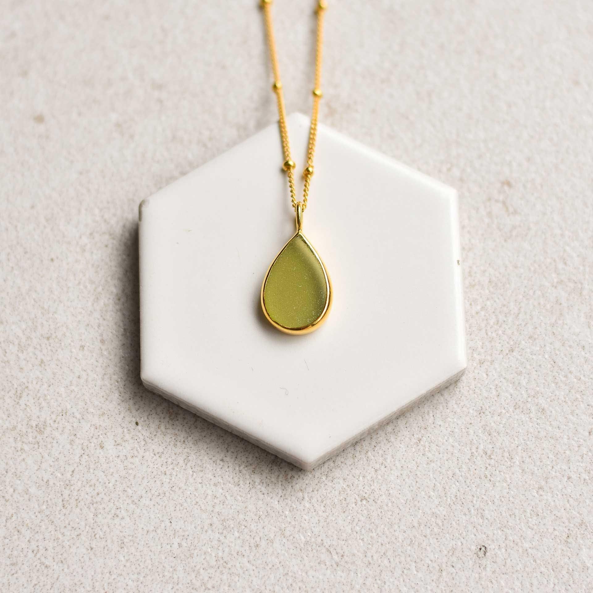 green sea glass - S3